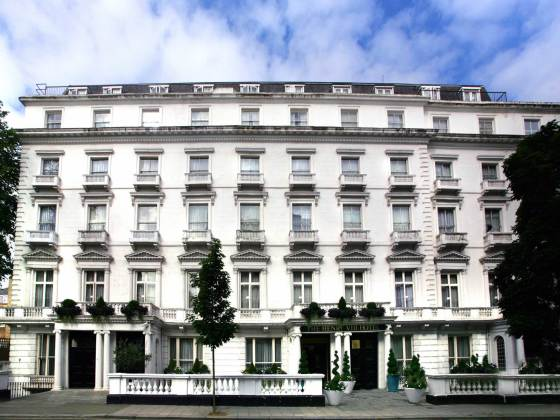 Hotel Henry VIII Hotel