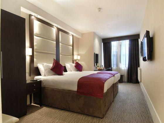 Hotel Grand Royale
