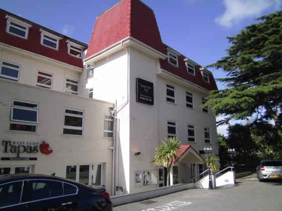 West Cliff Inn Hotel