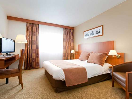 beauvais hotels from 30 cheap hotels. Black Bedroom Furniture Sets. Home Design Ideas