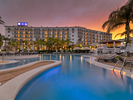 Hotel H10 Andalucía Plaza - Sólo Adultos