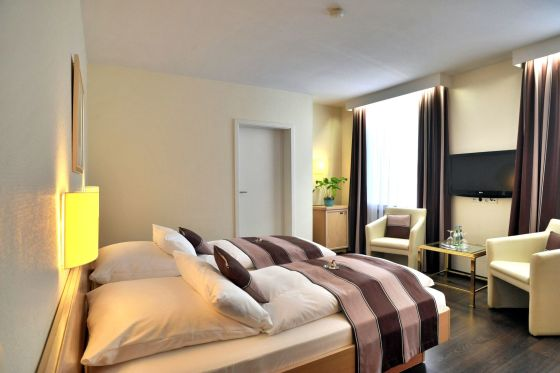 Hotel Guennewig Hotel Esplanade Dusseldorf