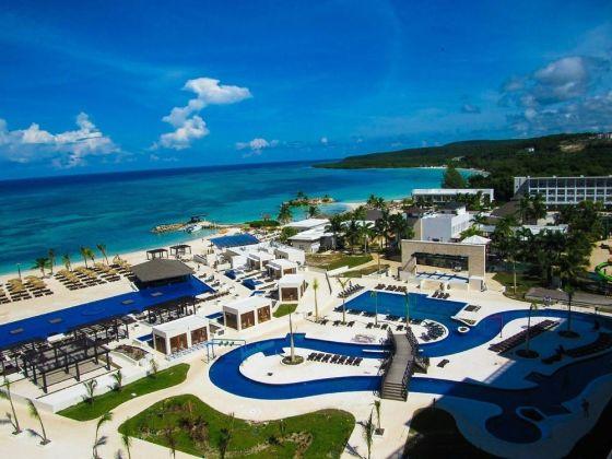 Hotel Royalton Blue Waters Montego Bay - All Inclusive