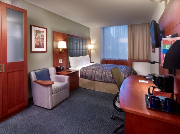 club quarters central loop hotel chicago from 58. Black Bedroom Furniture Sets. Home Design Ideas