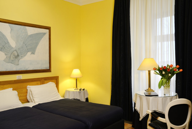 Hotel Cairoli thumb-2