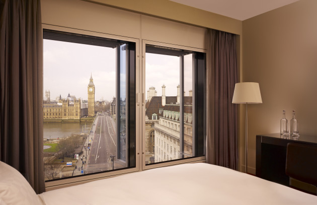 Park Plaza Westminster Bridge London Hotel thumb-3