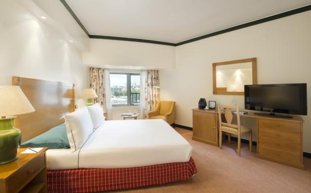 Hotel Tivoli Oriente thumb-2