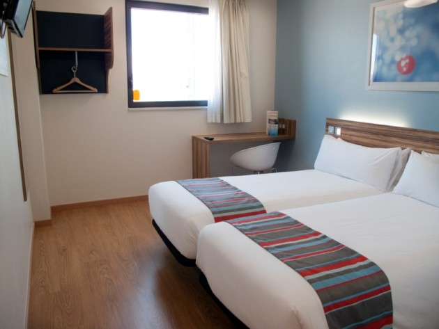 Hotel Travelodge Madrid Alcala 1