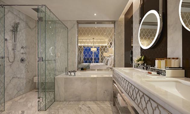 Waldorf Astoria Dubai Palm Jumeirah Hotel thumb-4