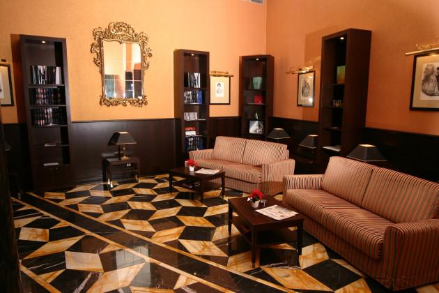 Ventana hotel prague hotel prague from 115 for Ventana hotel prague
