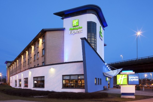 Holiday Inn Express Glasgow Airport Hotel Thumb 4