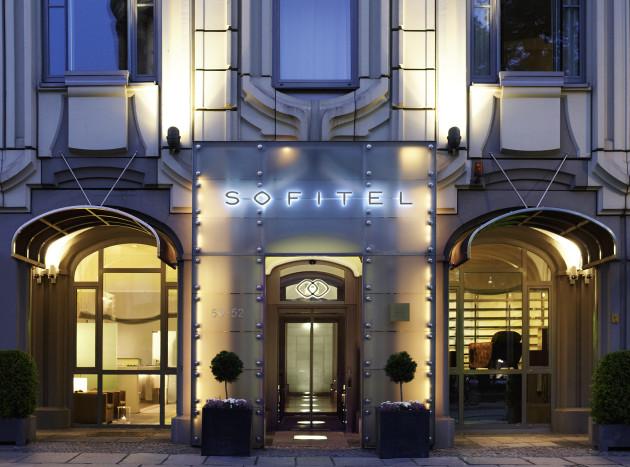 Hotel sofitel berlin gendarmenmarkt berl n desde 132 for Hoteles diseno berlin