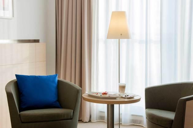 Hotel Novotel Berlin Mitte thumb-4