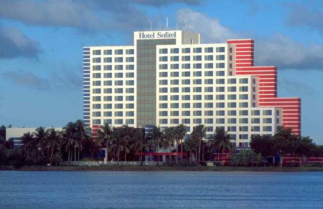 Hotel Pullman Miami Airport 1
