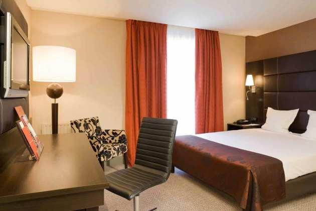 Mercure Paris Terminus Nord Hotel 1