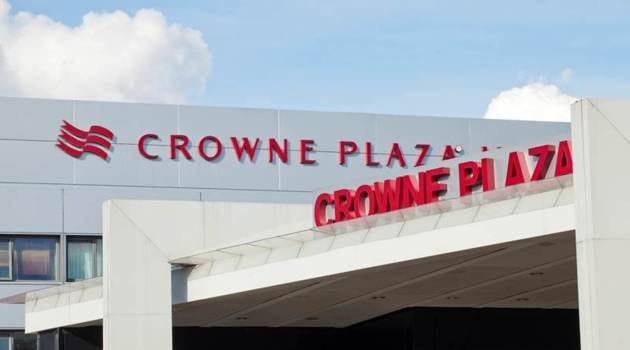 Crowne Plaza Manchester Airport Hotel 1