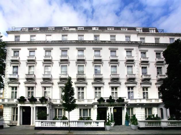 Hotel Henry VIII Hotel 1