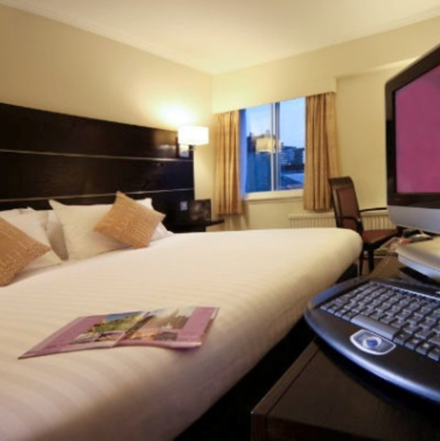 Ramada Glasgow Airport Hotel Paisley From 59 Lastminute