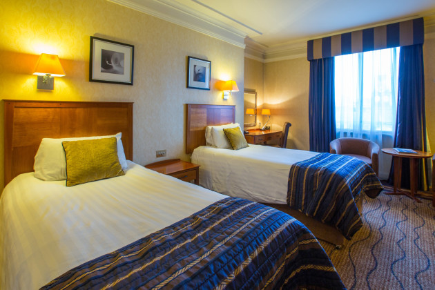 the queens hotel a qhotel hotel leeds from 71. Black Bedroom Furniture Sets. Home Design Ideas