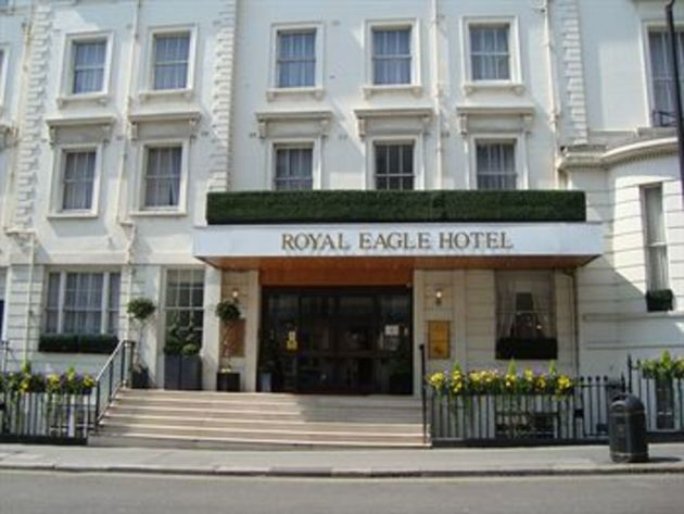 Royal eagle hotel london from 63 for Find hotels in london