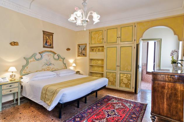 Hotel La Fenice Et Des Artistes 1
