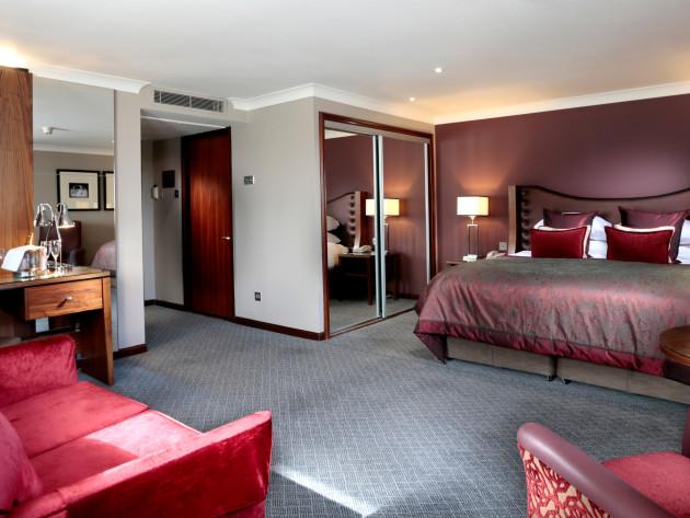 Macdonald Holyrood Hotel thumb-2