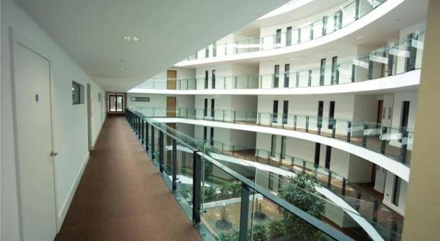 Blue Rainbow Aparthotel - Manchester Central Hotel thumb-2