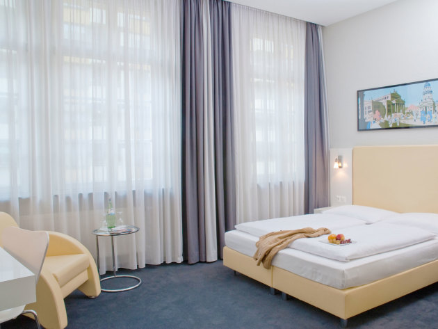 Select Hotel Berlin Checkpoint Charlie Hotel thumb-3