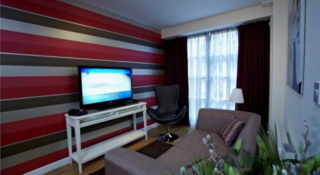Blue Rainbow Aparthotel - Manchester High Street Apartahotel thumb-3