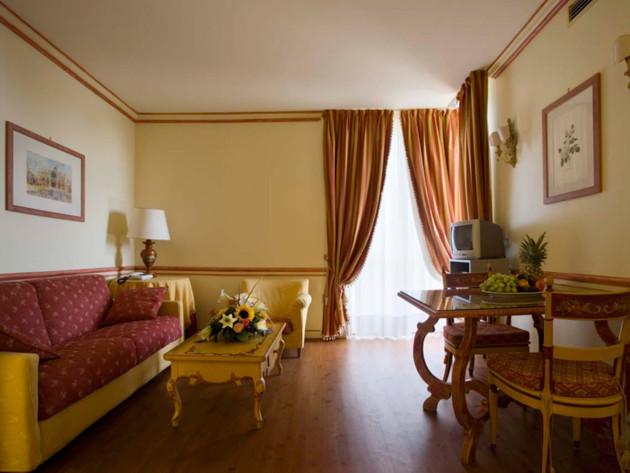 Hotel Le Ville Del Lido - Suite Residence thumb-2