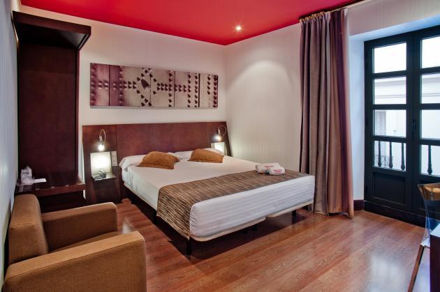 Hotel Petit Palace Marqués Santa Ana thumb-2