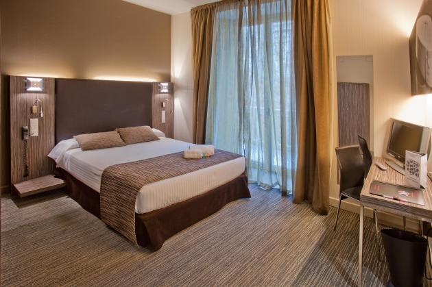 Hotel Petit Palace Santa Cruz 1