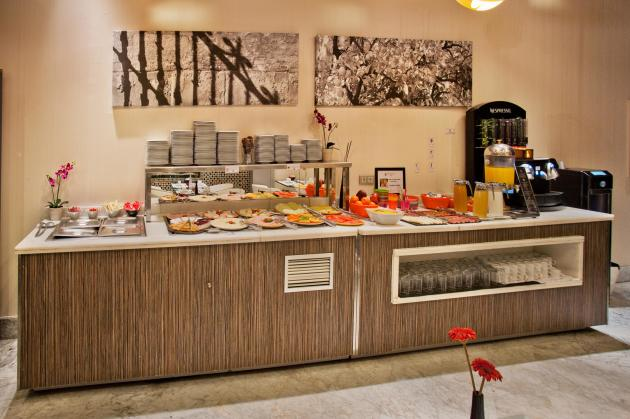 Hotel Petit Palace Santa Cruz thumb-4