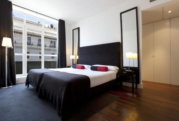 Hotel quatro puerta del sol madrid desde 79 rumbo for Hotel paris en madrid puerta del sol