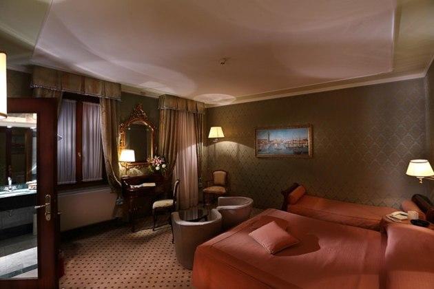Hotel Colombina thumb-4