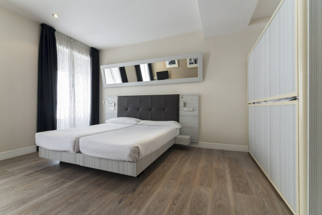 Hotel petit palace puerta del sol madrid desde 76 rumbo for Hoteles cerca de la puerta del sol