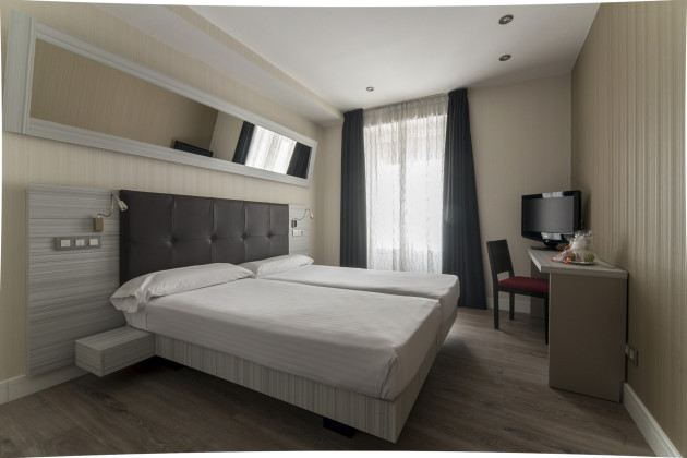 Hotel Petit Palace Puerta Del Sol 1