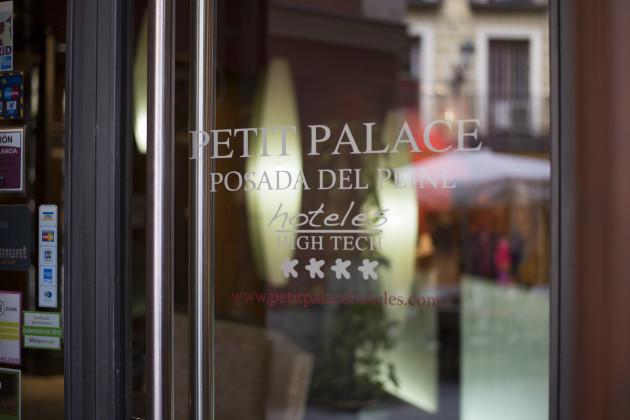 Hotel Petit Palace Posada Del Peine thumb-3
