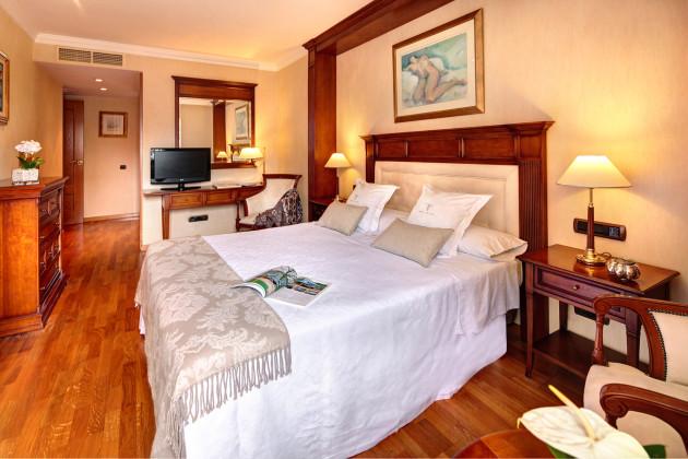 Hotel Apartaments-hotel Hispanos 7 Suiza thumb-2