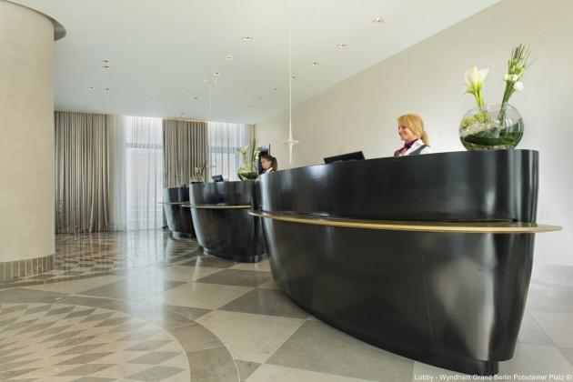 Hotel Crowne Plaza Berlin - Potsdamer Platz thumb-2