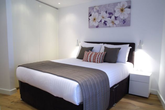 Smart City Apartments London Bridge Apartaments London From - London bridge apartments