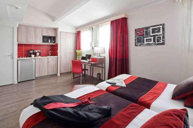 Aparthotel adagio aix en provence centre hotel aix en for Apparthotel en france