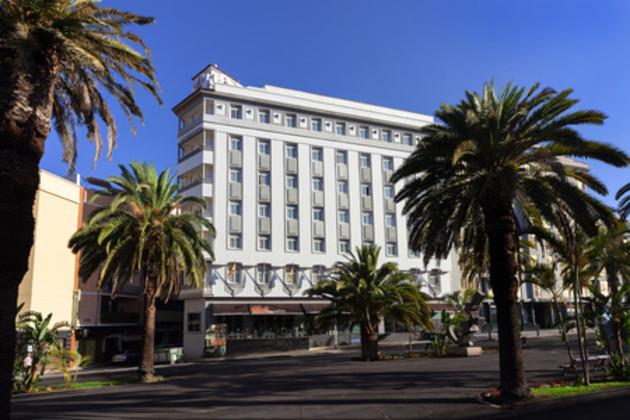 Hotel Occidental Santa Cruz Contemporáneo 1