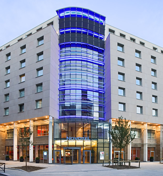 Novotel paris centre gare montparnasse hotel paris from for Ideal hotel montparnasse