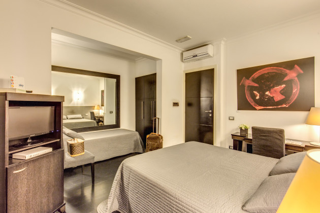 Residenza a the boutique art hotel hostal rome from 74 for Boutique hotel 74