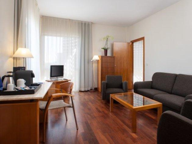 Hotel NH Luz Huelva thumb-4