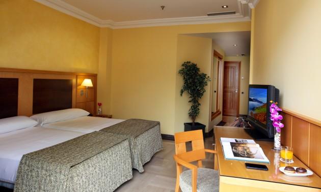 Hotel Nouvel thumb-3