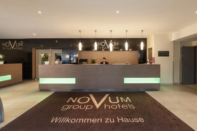 novum style hotel aldea hotel berlin from 43. Black Bedroom Furniture Sets. Home Design Ideas