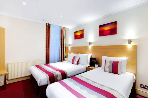 Hotel Queens Park thumb-2