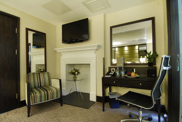 Hotel London City Suites By Montcalm thumb-2